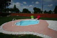 Paradise Fiberglass Pool in Pleasant Plain, OH